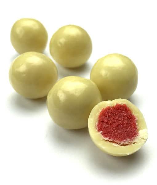 White Chocolate Strawberries 500g   Charlesworth Nuts